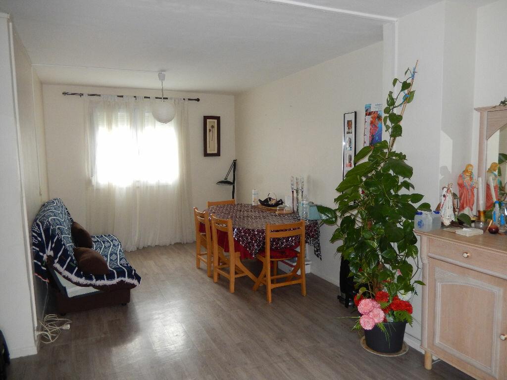 Achat Appartement 3 pièces à Noyon - vignette-1