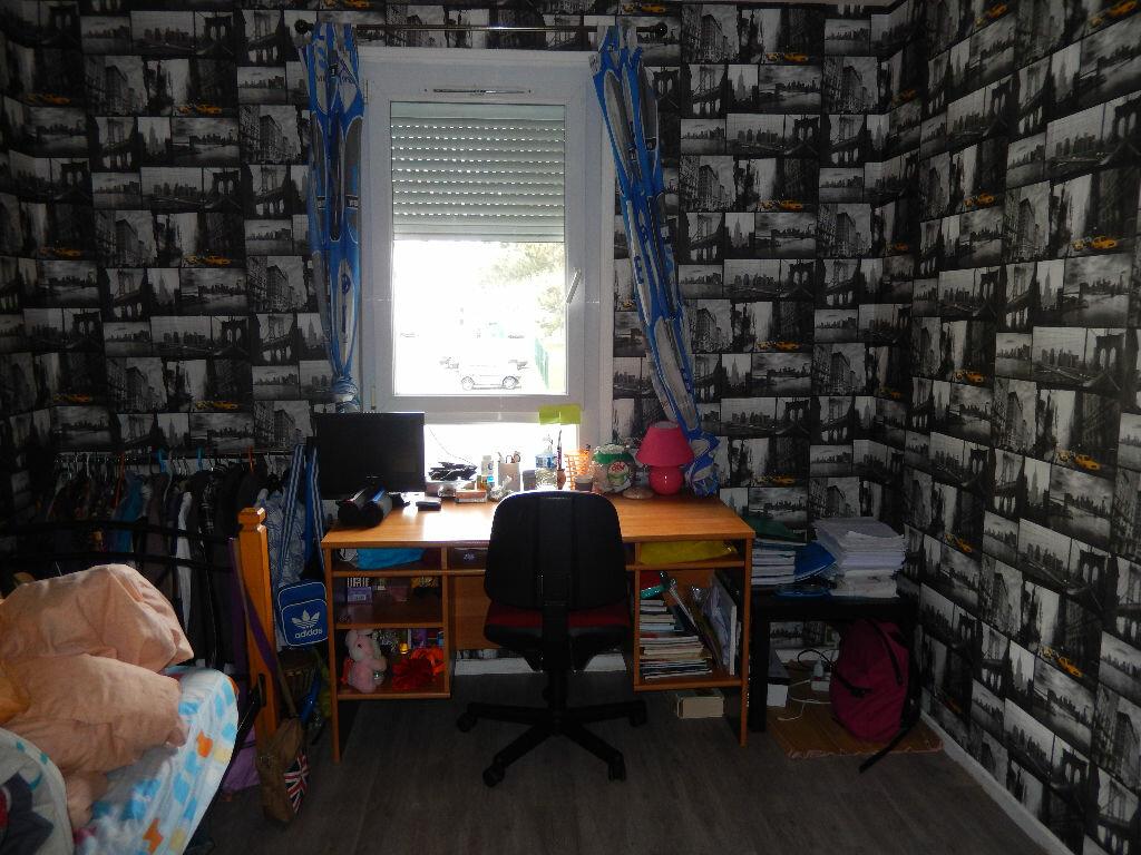 Achat Appartement 3 pièces à Noyon - vignette-4