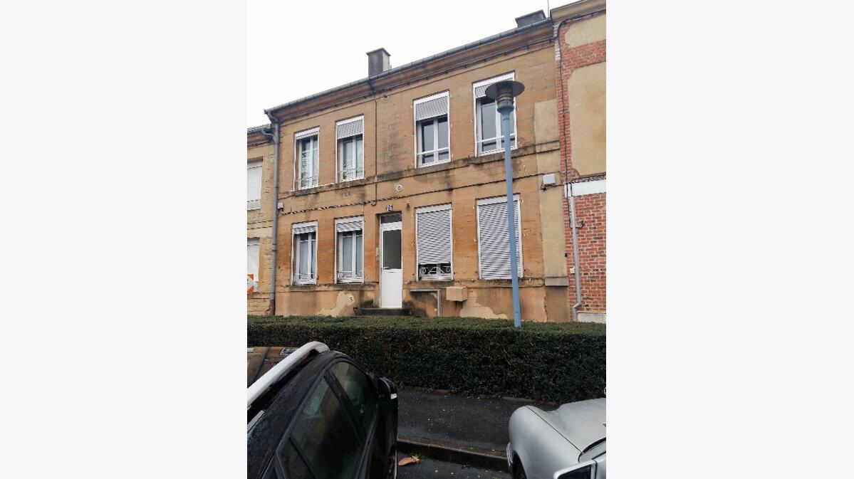 Achat Appartement 4 pièces à Charleville-Mézières - vignette-1