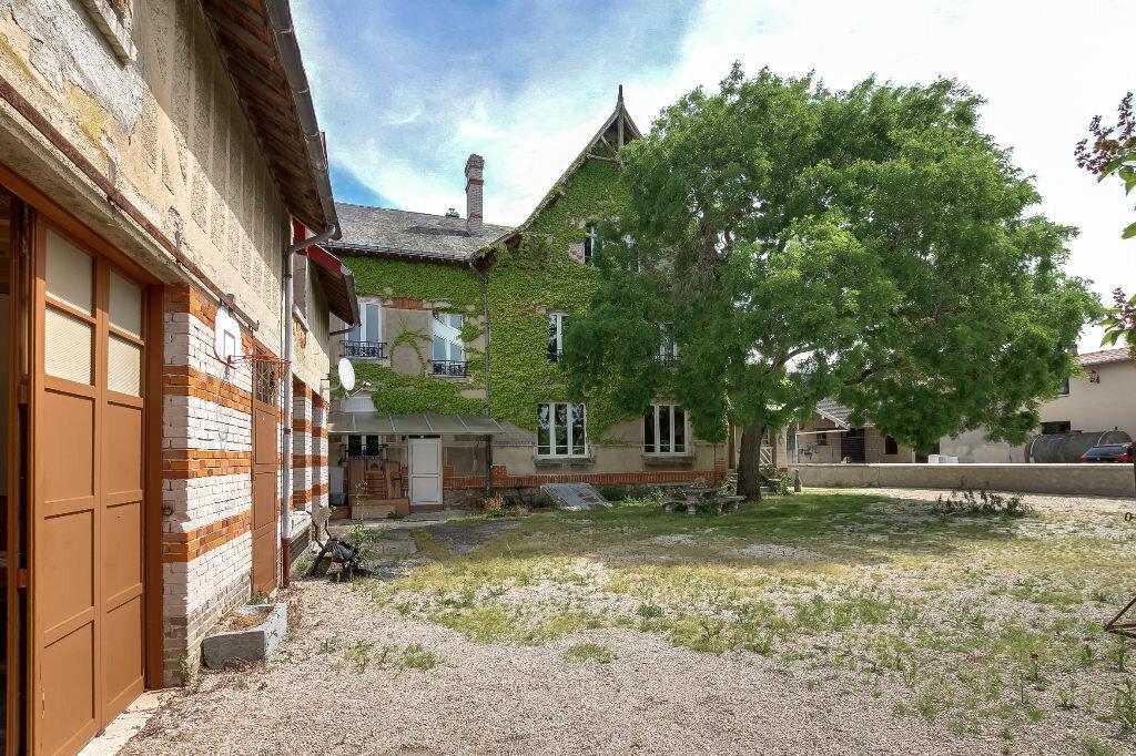 Achat Maison 14 pièces à Beaumont-sur-Vesle - vignette-1