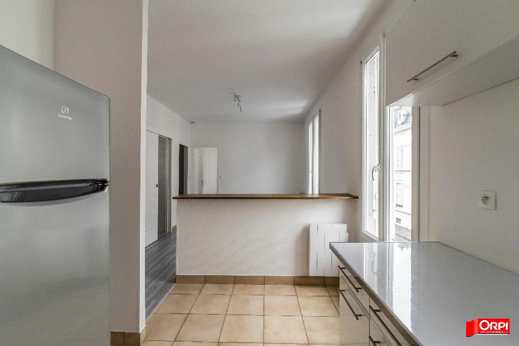 Location Appartement 2 pièces à Reims - vignette-3