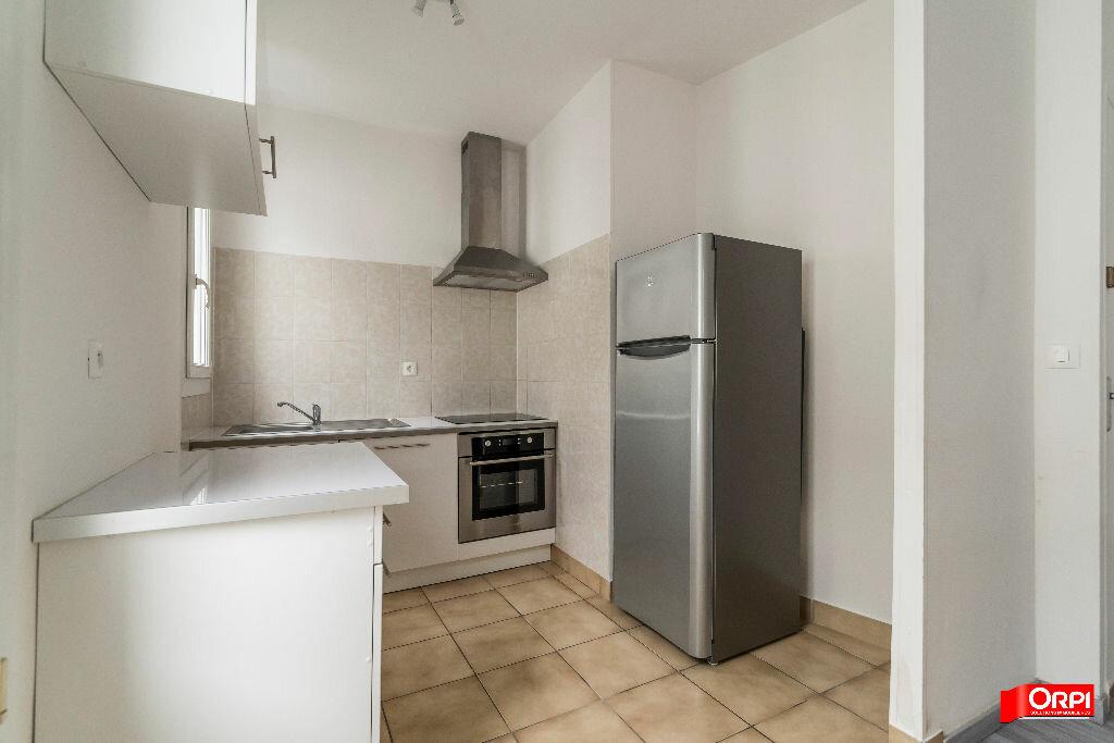 Location Appartement 2 pièces à Reims - vignette-5