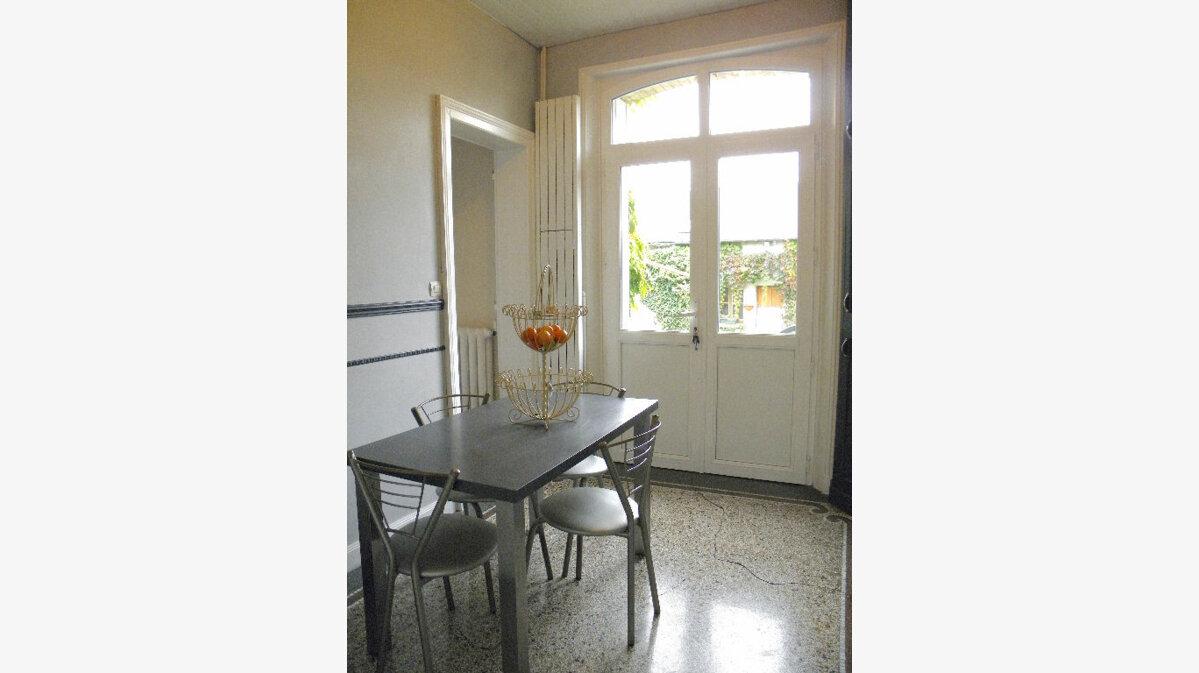 Achat Maison 7 pièces à Neufchâtel-sur-Aisne - vignette-6