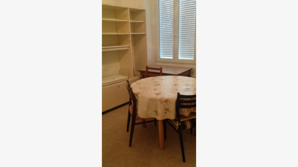 Location Appartement 1 pièce à Laon - vignette-2