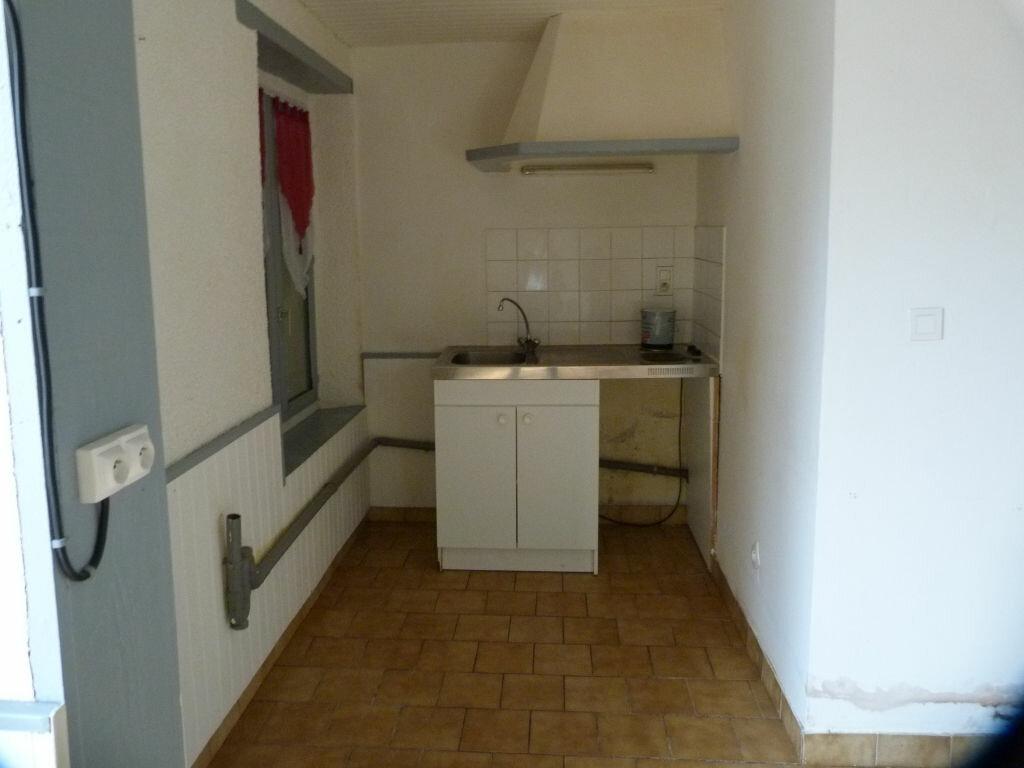 Location Maison 3 pièces à Barenton-Bugny - vignette-1