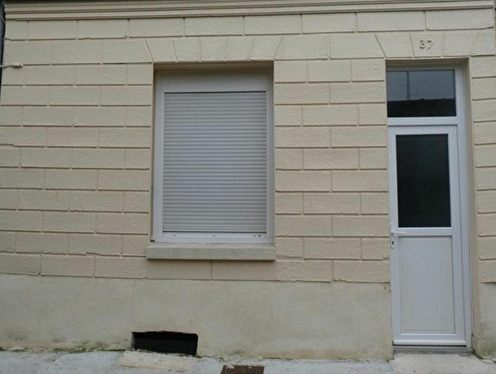 Location Maison 5 pièces à Laon - vignette-1