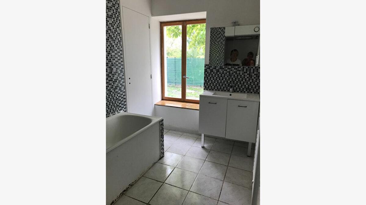 Location Appartement 4 pièces à Froidmont-Cohartille - vignette-5