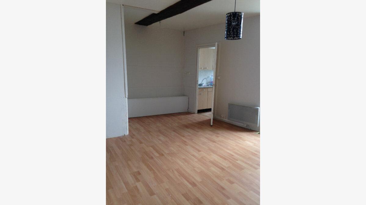 Location Appartement 2 pièces à Laon - vignette-1