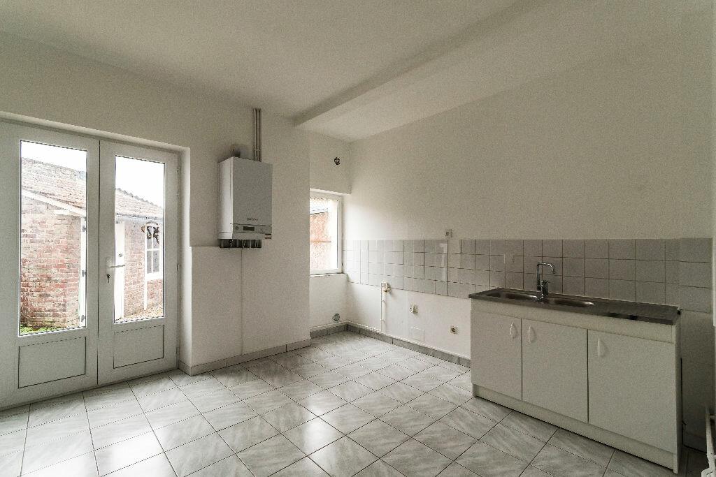 Location Maison 3 pièces à Liesse-Notre-Dame - vignette-2