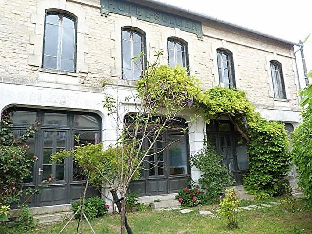 Achat Maison 9 pièces à Sainte-Croix - vignette-1