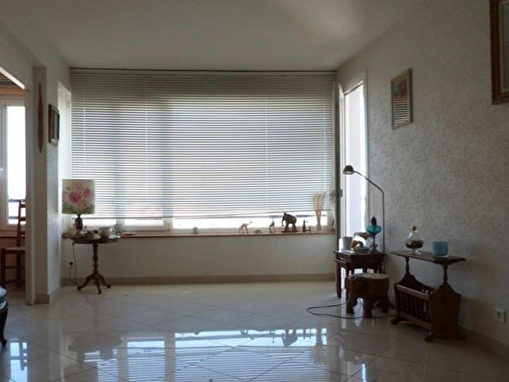 Achat Appartement 4 pièces à Laon - vignette-4