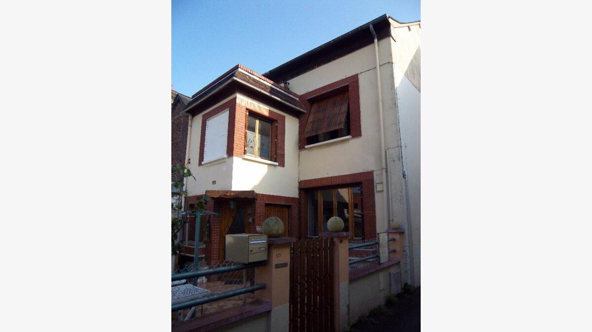Achat Maison 4 pièces à Saint-Aubin-lès-Elbeuf - vignette-1