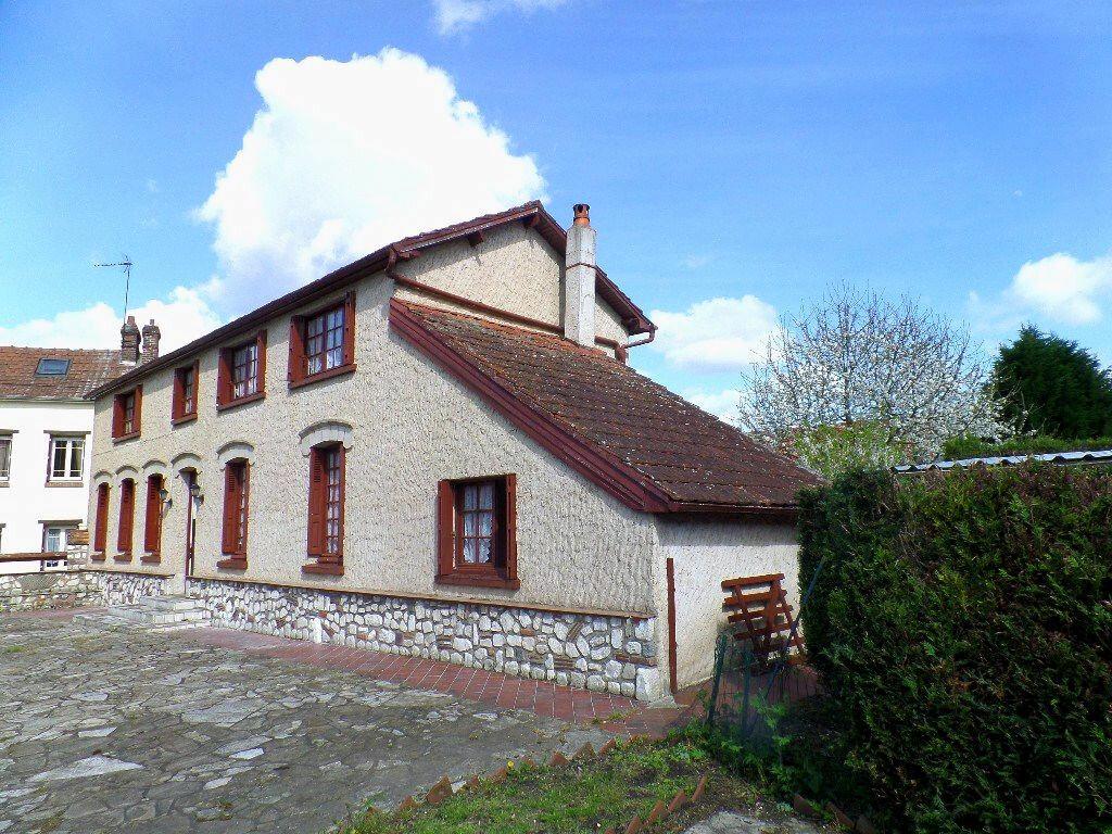 Achat Maison 5 pièces à Saint-Pierre-lès-Elbeuf - vignette-1