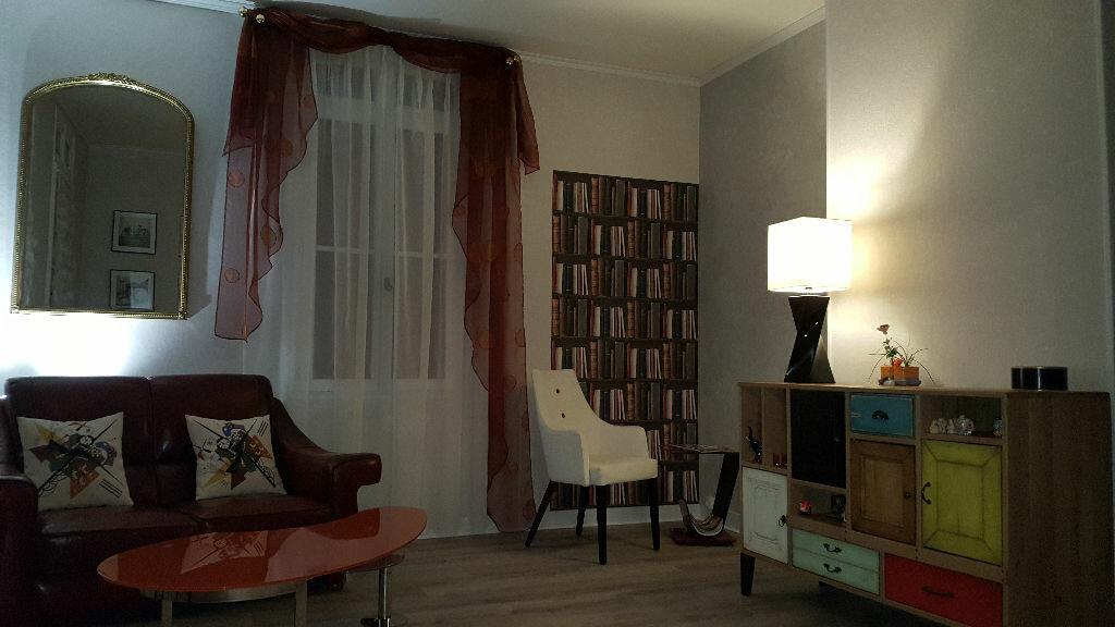 Achat Maison 5 pièces à Caudebec-lès-Elbeuf - vignette-11