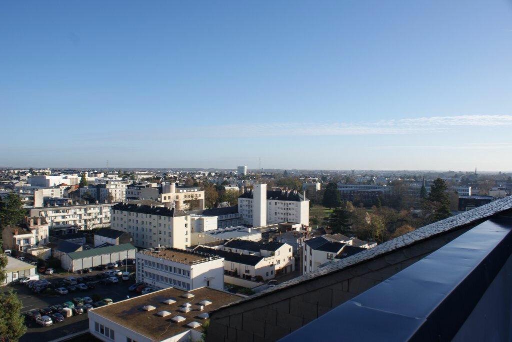 Achat Appartement 5 pièces à Orléans - vignette-4