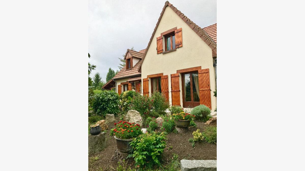 Achat Maison 6 pièces à Rozières-en-Beauce - vignette-2