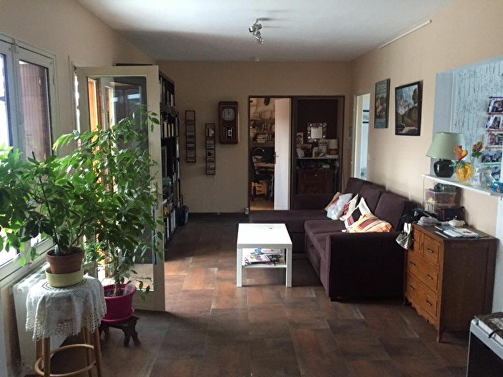 Achat Maison 4 pièces à Saint-Jean-de-la-Ruelle - vignette-1