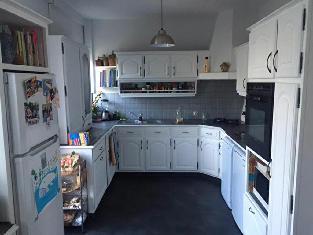 Achat Maison 4 pièces à Saint-Jean-de-la-Ruelle - vignette-2