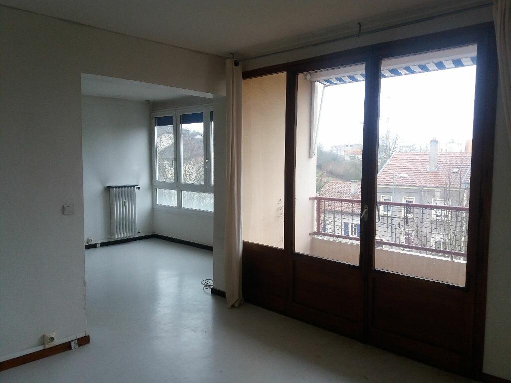 Achat Appartement 4 pièces à Metz - vignette-2