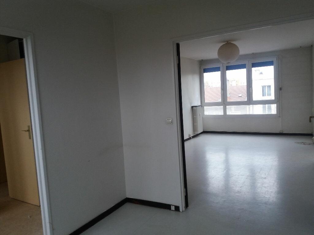 Achat Appartement 4 pièces à Metz - vignette-4