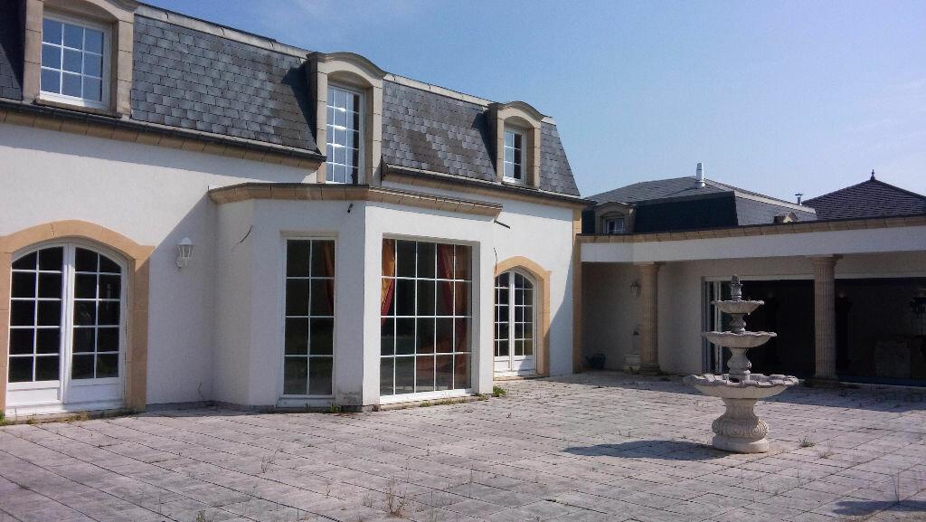 Achat Maison 10 pièces à Saint-Avold - vignette-1