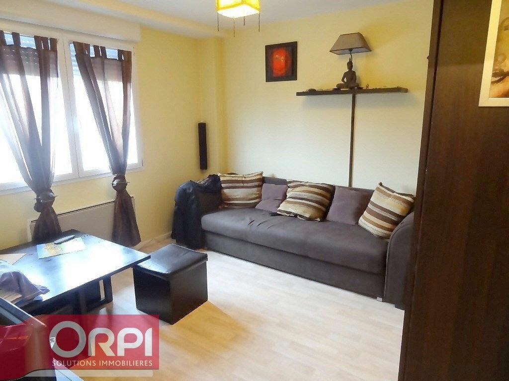 Location Appartement 2 pièces à Boulogne-sur-Mer - vignette-1