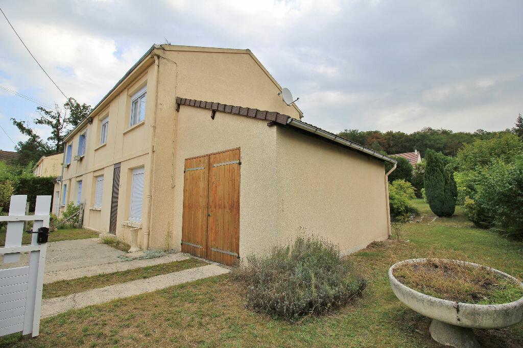 Achat Maison 4 pièces à Verneuil-en-Halatte - vignette-1