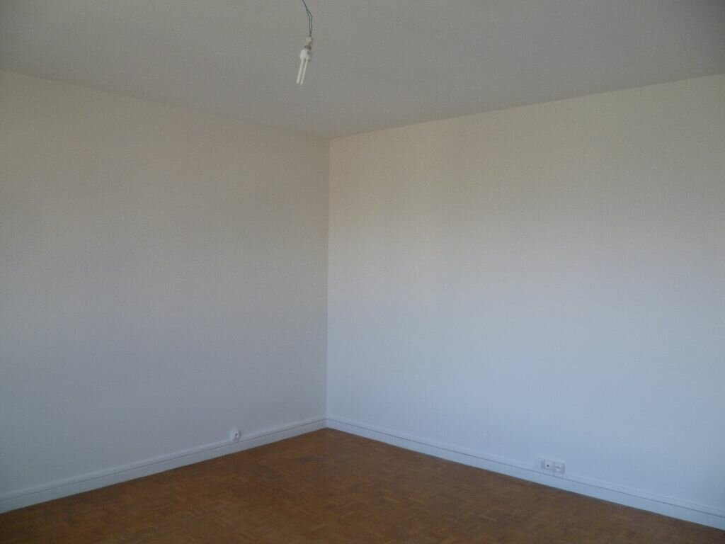 Location Appartement 5 pièces à Seyssinet-Pariset - vignette-1