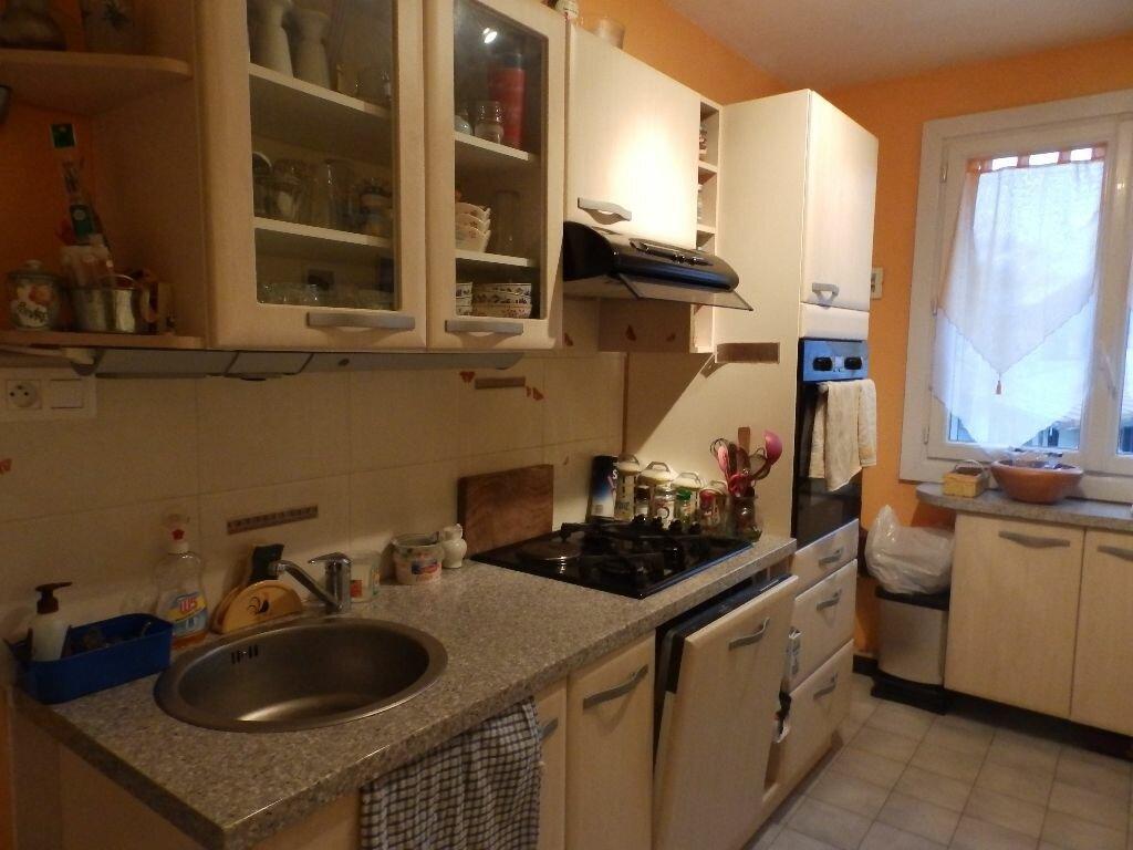 Achat Appartement 4 pièces à Saint-Égrève - vignette-1