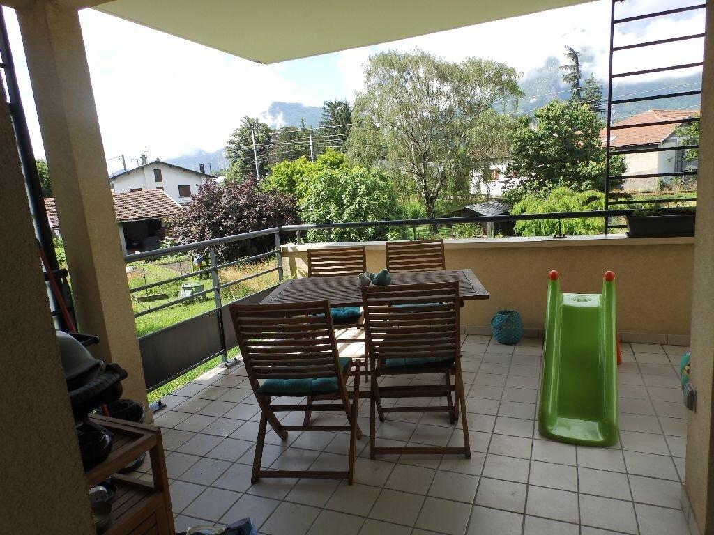 Achat Appartement 3 pièces à Fontanil-Cornillon - vignette-1