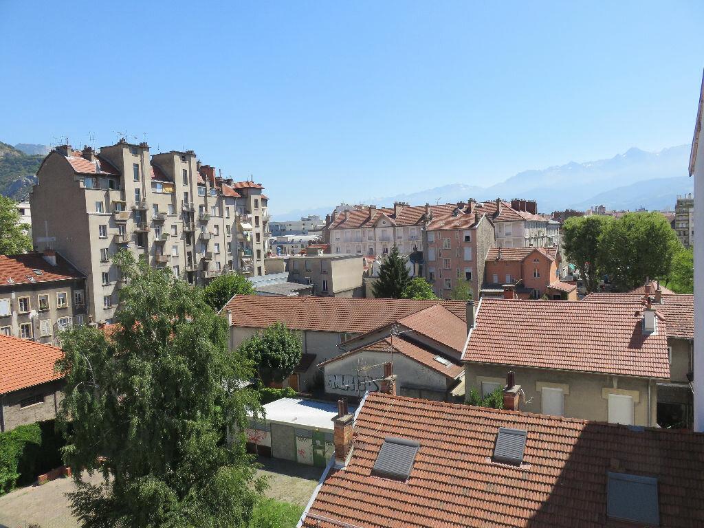 Achat Appartement 1 pièce à Grenoble - vignette-1