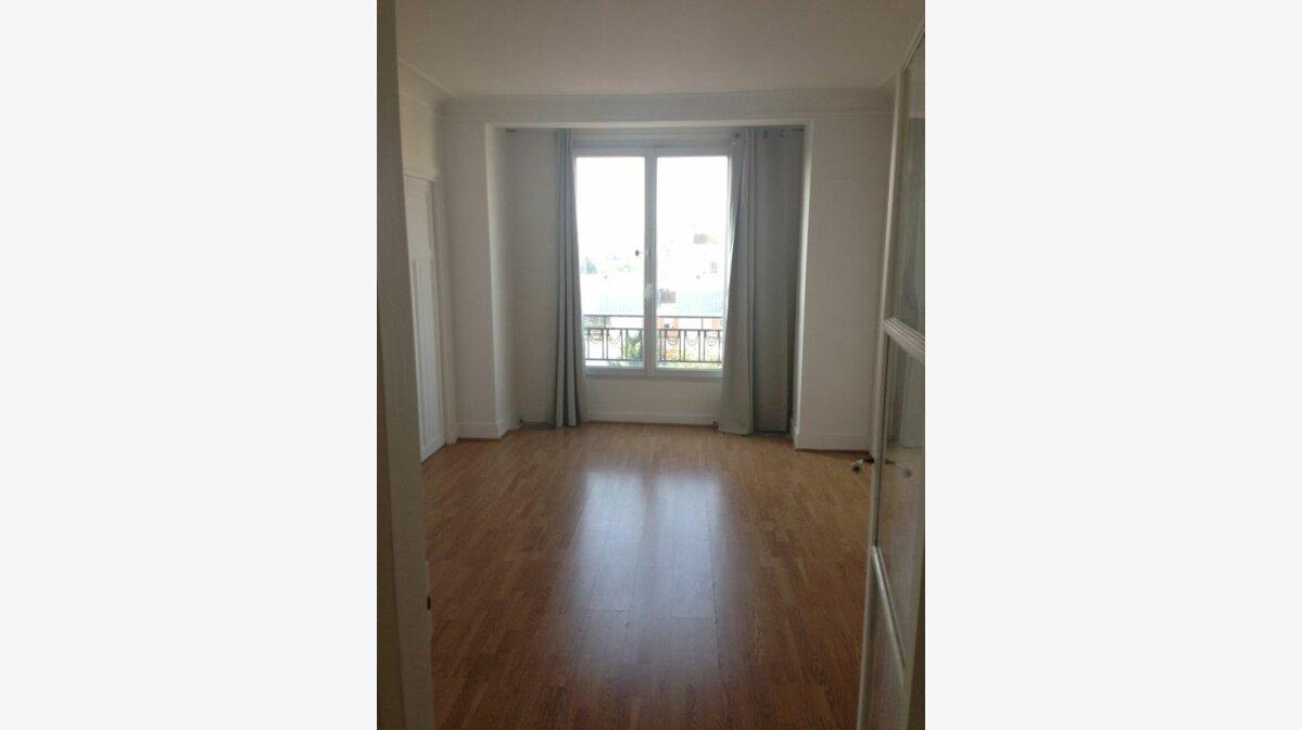 Location Appartement 3 pièces à Noisy-le-Sec - vignette-1