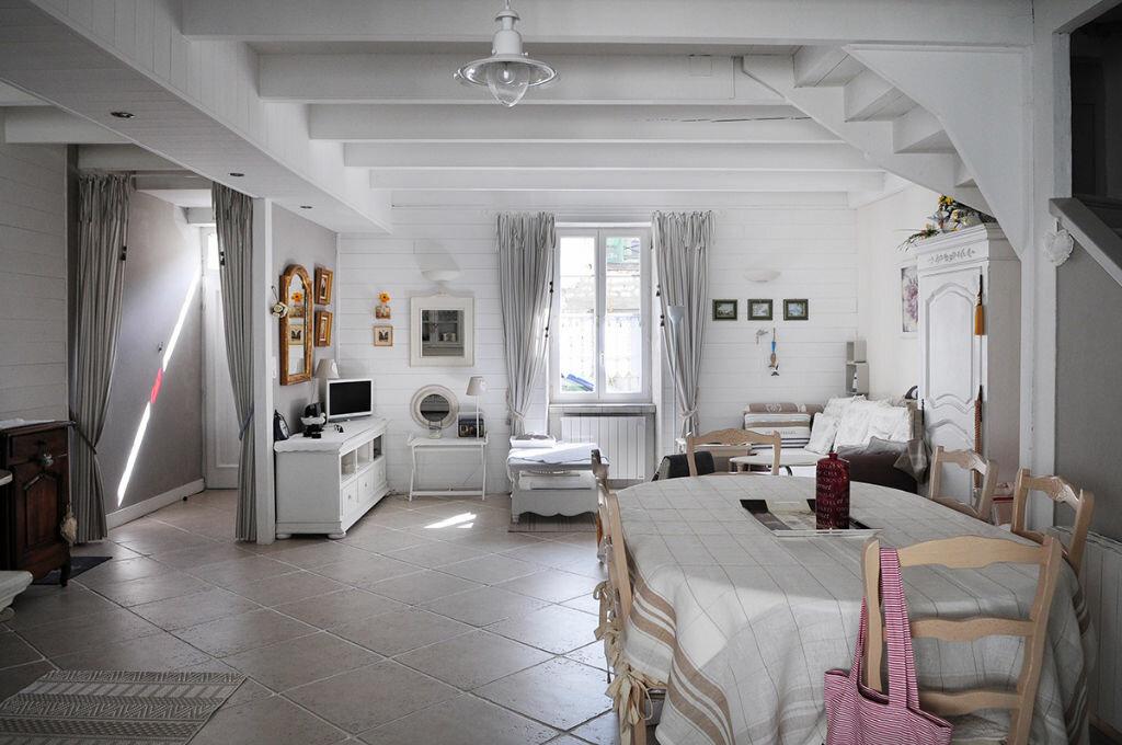 Achat Maison 5 pièces à Rivedoux-Plage - vignette-2