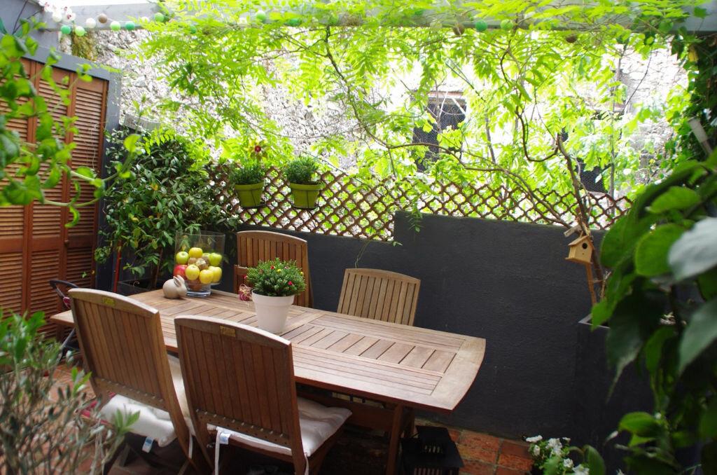 Achat Appartement 3 pièces à Nans-les-Pins - vignette-1