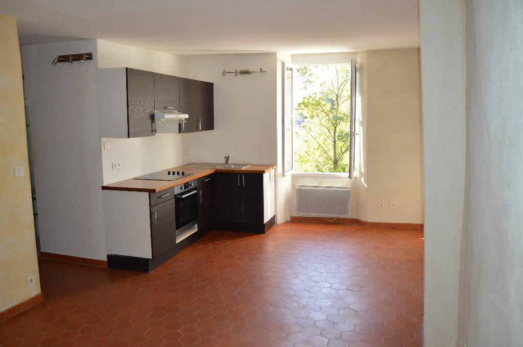 Achat Appartement 2 pièces à Camps-la-Source - vignette-1