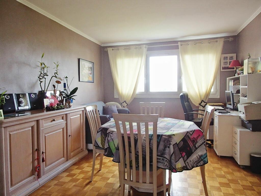 Achat Appartement 4 pièces à Saint-Gratien - vignette-4