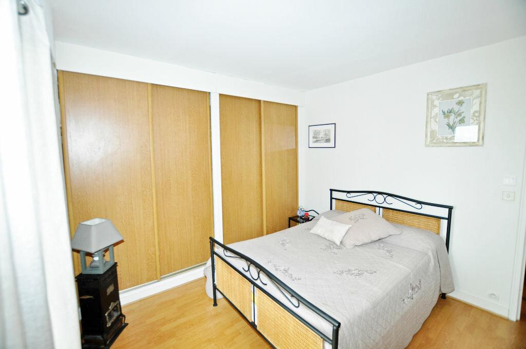 Achat Appartement 6 pièces à Saint-Gratien - vignette-4