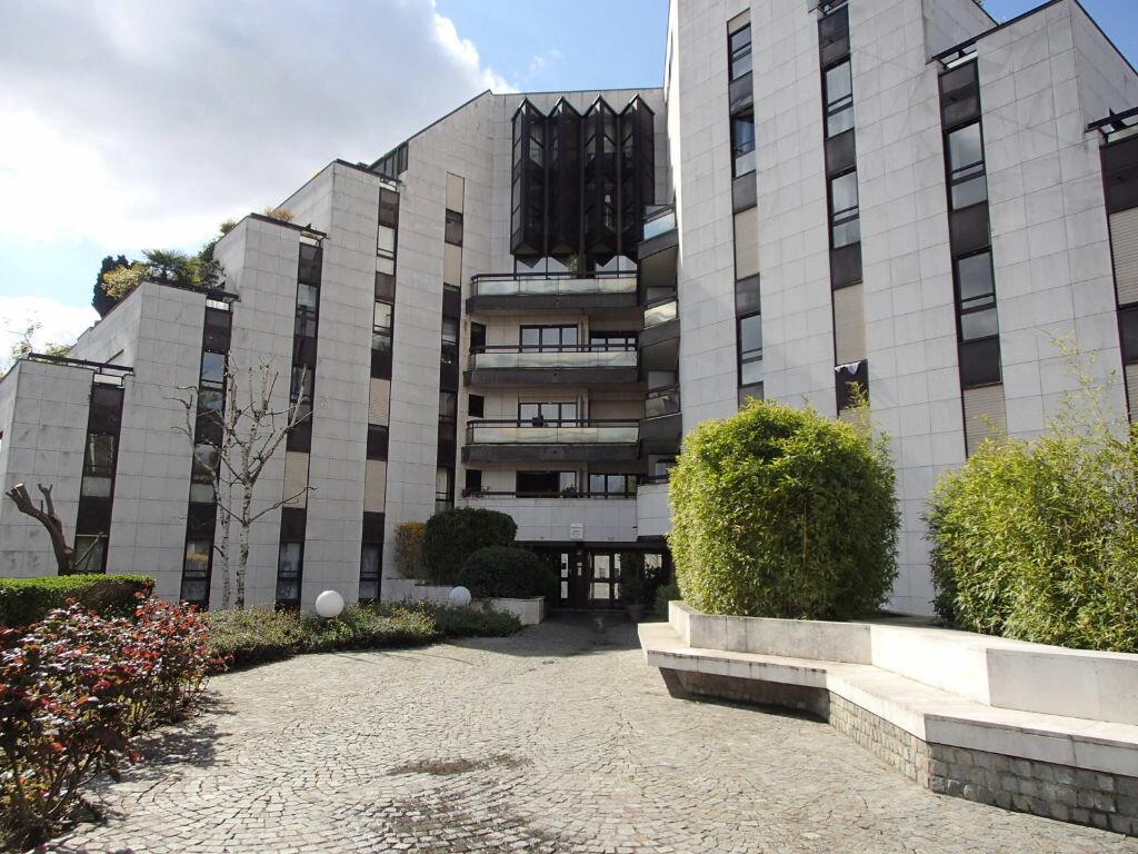 Achat Appartement 3 pièces à Enghien-les-Bains - vignette-1