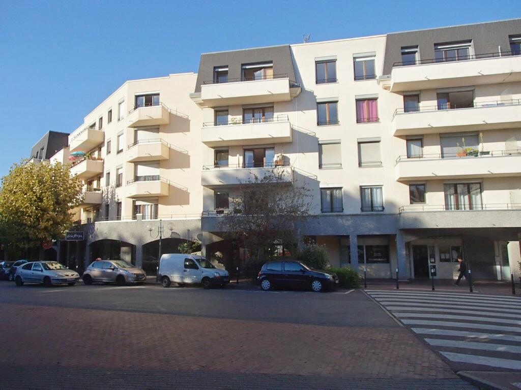 Achat Appartement 3 pièces à Saint-Gratien - vignette-2