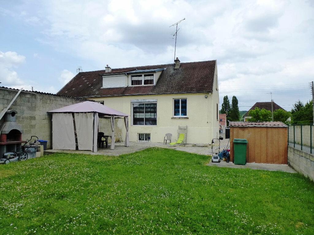 Achat Maison 5 pièces à Nogent-sur-Oise - vignette-1