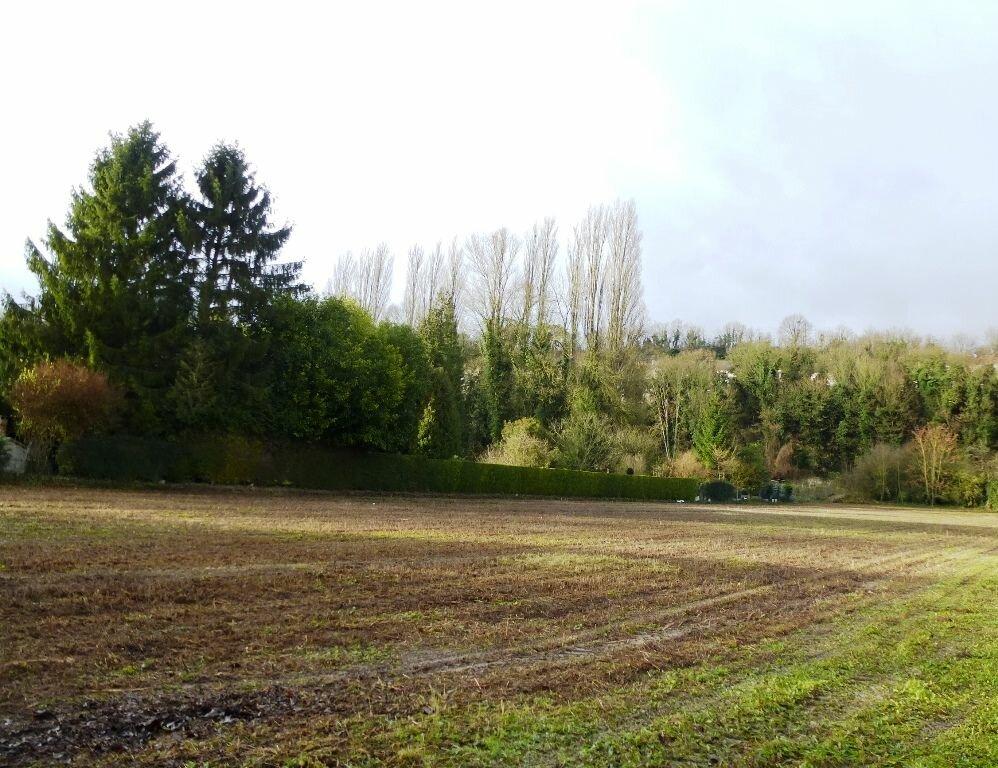 Achat Terrain  à Saint-Leu-d'Esserent - vignette-1