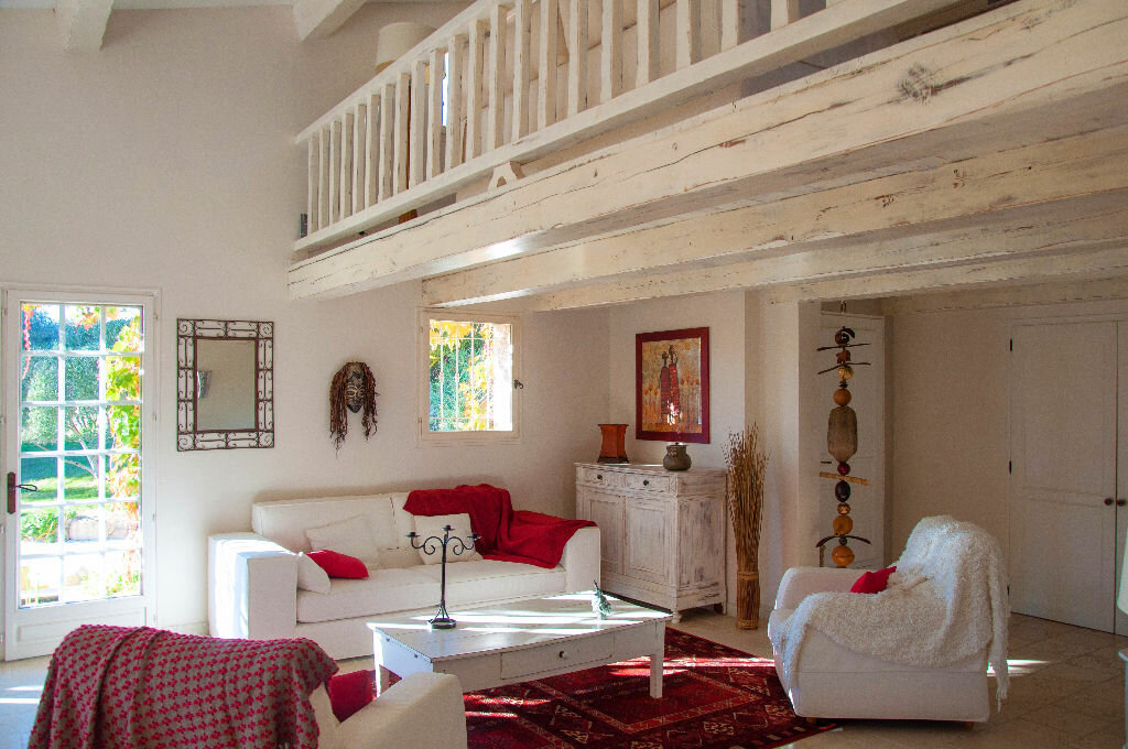 Achat Maison 8 pièces à Saint-Cyr-sur-Mer - vignette-5