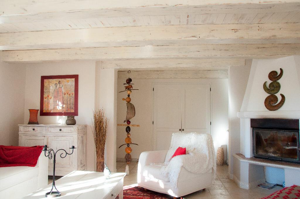 Achat Maison 8 pièces à Saint-Cyr-sur-Mer - vignette-7
