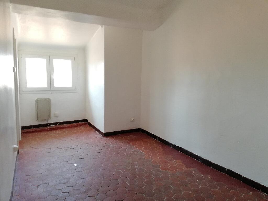 Location Appartement 1 pièce à Toulon - vignette-3