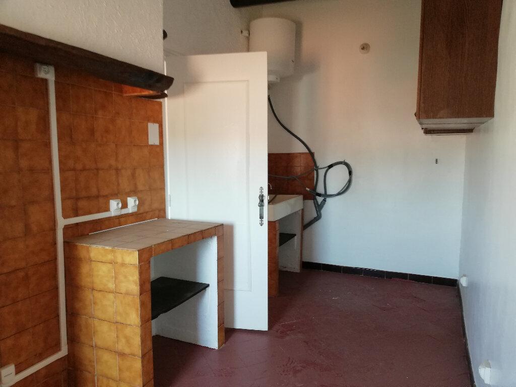 Location Appartement 1 pièce à Toulon - vignette-4