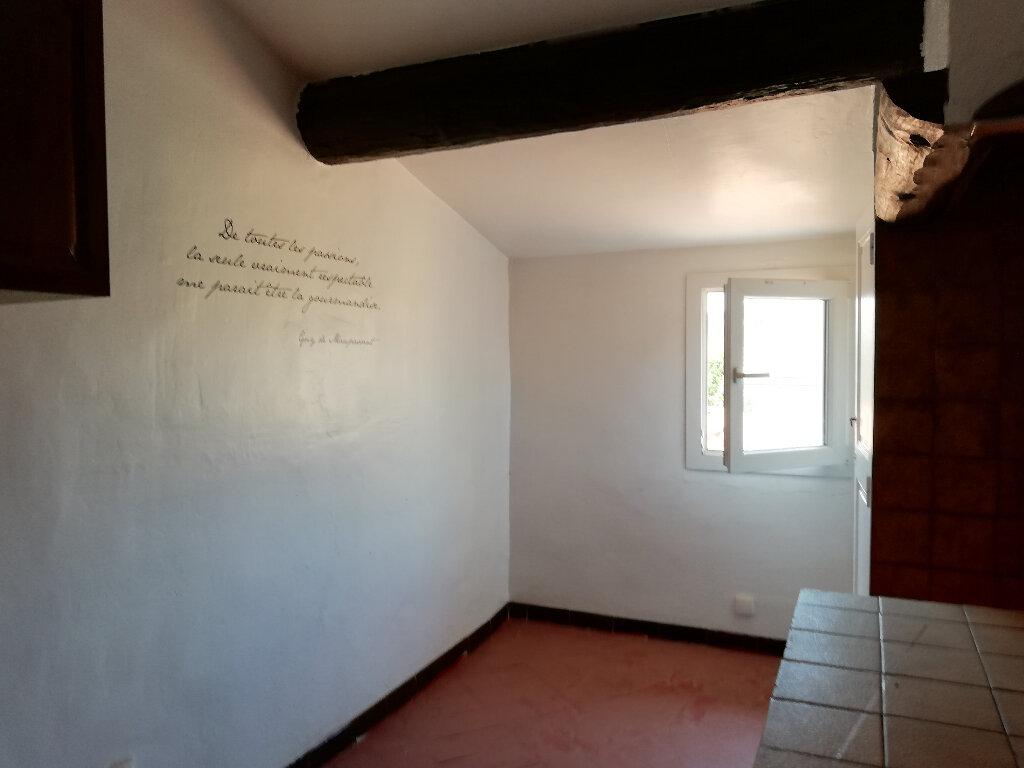 Location Appartement 1 pièce à Toulon - vignette-5
