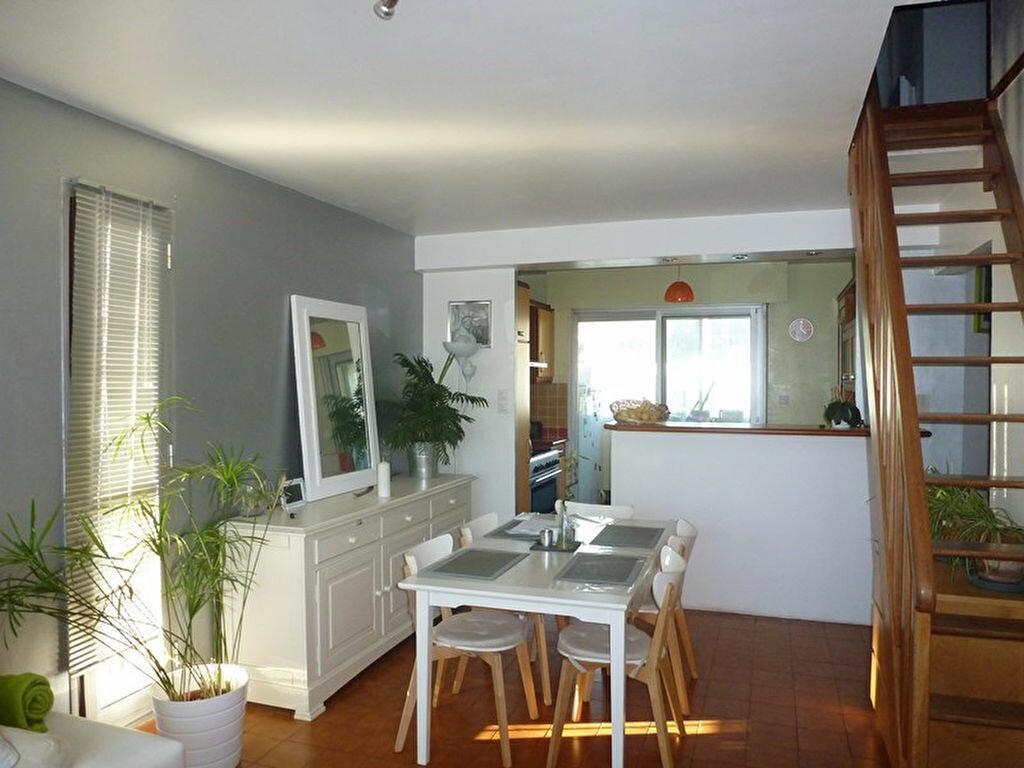 Achat Appartement 6 pièces à Toulon - vignette-1