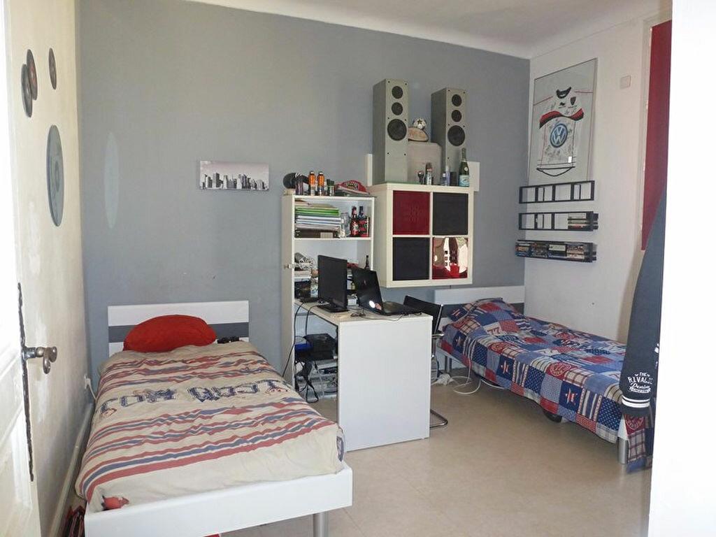 Achat Appartement 5 pièces à Toulon - vignette-3