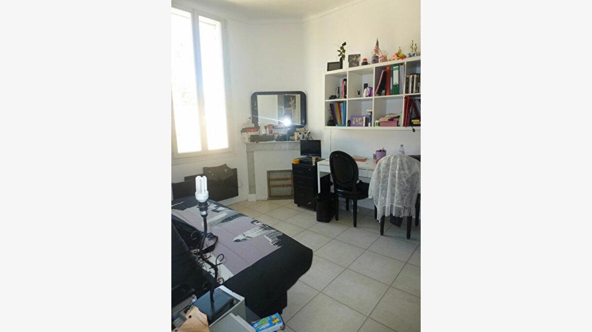 Achat Appartement 5 pièces à Toulon - vignette-4