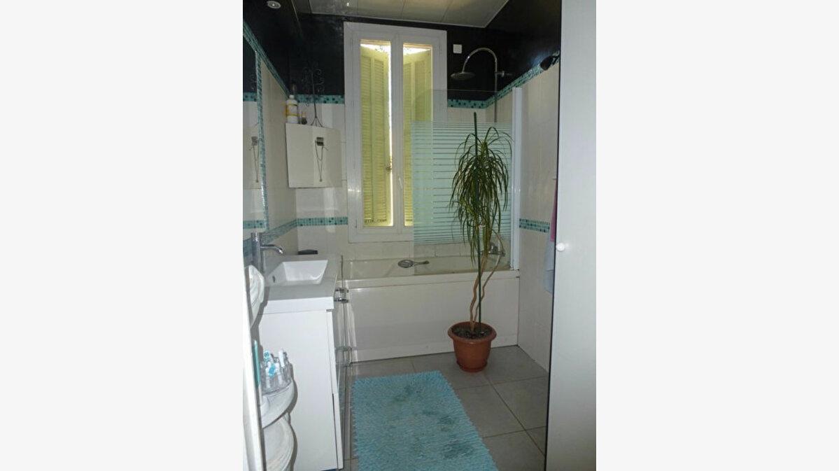 Achat Appartement 5 pièces à Toulon - vignette-5
